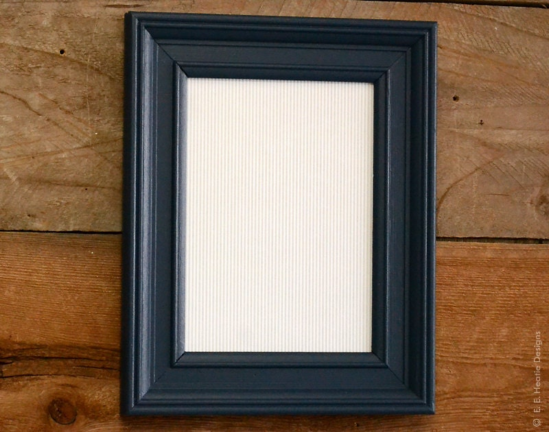 navy blue 5x7 picture frame painted upcycled wood by eeheatie. Black Bedroom Furniture Sets. Home Design Ideas