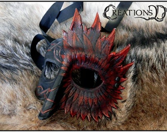 Half-mask, bird, engraved, rune, celtic