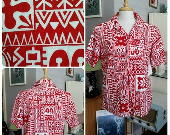 """Vintage 1960s 60s mens red white hawaiian shirt // barkcloth // tapa print // loop collar // tiki // vlv // 46"""""""