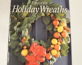 Better Homes and Gardens Favorite Holiday Wreaths, paperback book, like new