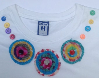 Girls White applique flower necklace T-shirt - 5 years