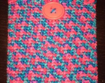 Crochet ipad cover, crochet tablet cover, crochet ipad cozy, crochet tablet cozy, cover with oval pink button, bonbon print, READY TO SHIP