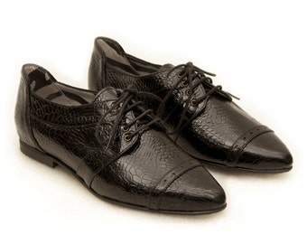 Black shoes, Pointy flats, Black oxford shoes, Women shoes, Womens oxford shoes, Women flats, Women leather shoes, Leather flat casual shoes