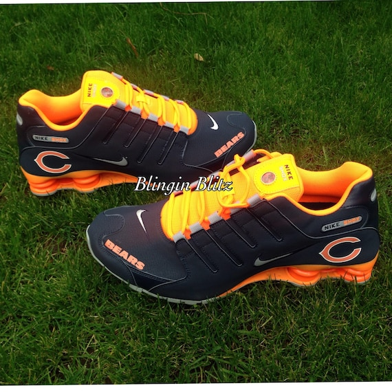 Chicago Bears Socks and Shoes. Stride into team style with licensed Chicago Bears Socks and Shoes. Create the ultimate game time look with Chicago Bears Shoes featuring Sneakers, Boots and Flip Flops for Men and Women. Cozy up and watch the game from home in your official Chicago Bears .