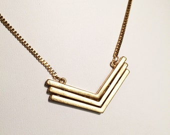 V stacked box chain necklace with triple bar chevron necklace