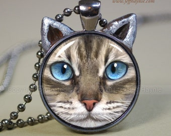 LYNXPOINT SIAMESE cat // Siamese cat pendant // Siamese cat necklace // Tabby Pendant // Lynx point Siamese pendant //  TBKG12
