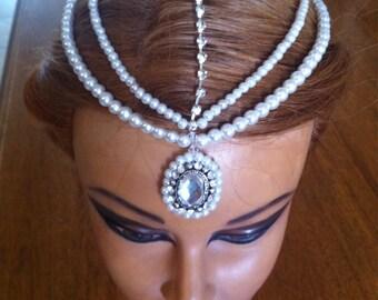 White Glass Pearl like Beaded Head Jewelry