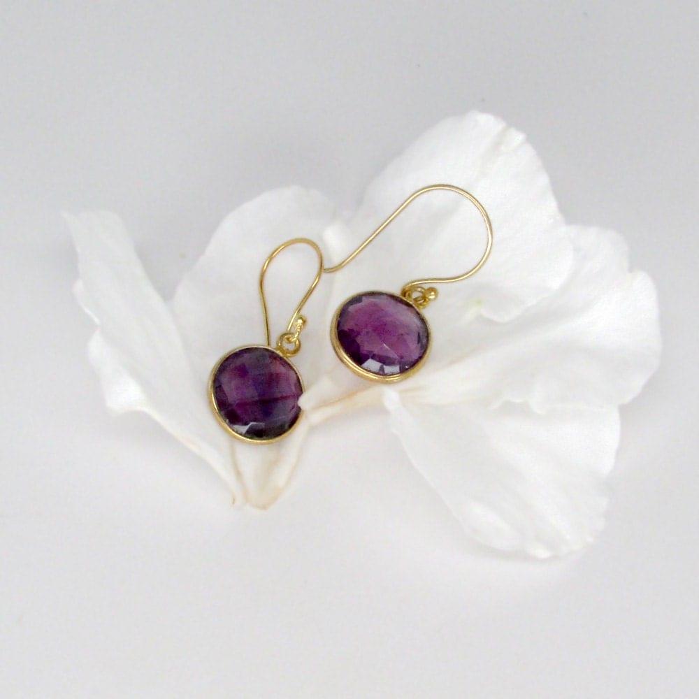gold amethyst earrings gold bezel set amethyst earrings