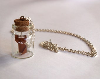 Personalized necklace - Little origami cat bottle
