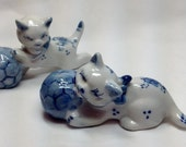 Vintage Two Kitty Cats Set White Blue With Yarn a Balls Playing Flowers Porcelain Figurine