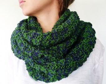 Bufanda infinita hecha a mano. Bufandas de lana verde y azul. Cuellos de punto para mujer. Bufandas tejidas para hombre. Ideas para regalar