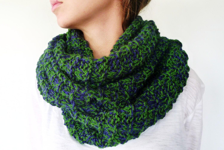 Bufanda infinita hecha a mano bufandas de lana verde y azul - Puntos de lana ...