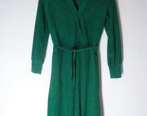 Vintage 70s Kelly Green Terrycloth Knee Length Dress Long Sleeve