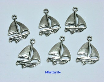 "Lot of 24pcs Antique Silver Tone ""Sailboat"" Metal Charms. #BC4052."