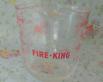 Vintage Fire-king 2 cup measuring cup