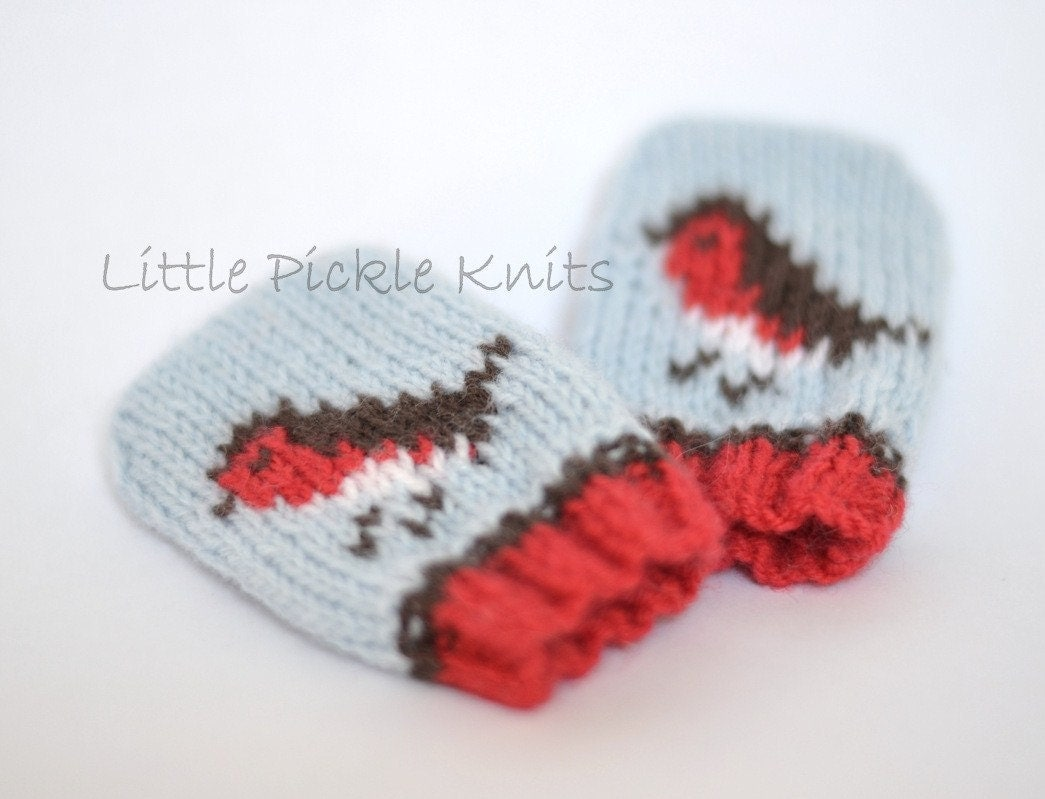 Knitting Pattern For Toddler Mittens With Thumbs : CHRISTMAS KNITTING PATTERN Little Robins baby mittens