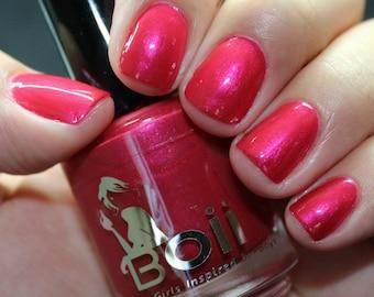 nail polish, red nail polish, video games