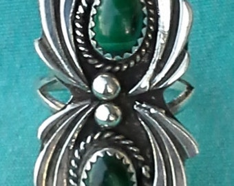 Vintage Navajo silver with malachite ring