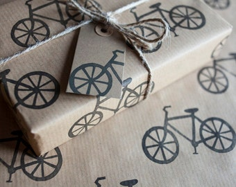 Bike Wrapping Paper: Including 1 Piece Gift Wrap, 2 x Gift Tags & Twine