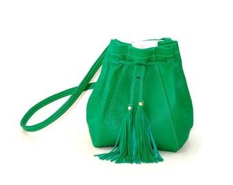 Emerald green leather drawstring bucket bag // Mini crossbody bag with tassels