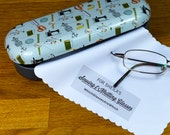 Personalised Sewing & Knitting Glasses Case - Perfect Gift for Crafters and Everyone who Loves to Sew and Knit