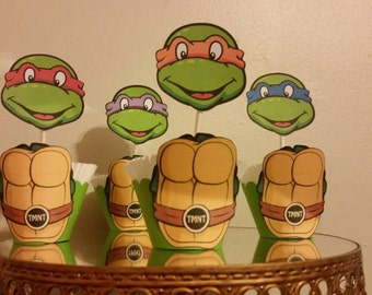 Ninja turtle cupcake topper and wrapper