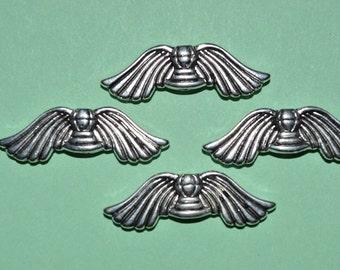 4 - Tibetan Silver Winh  beads (3026047)