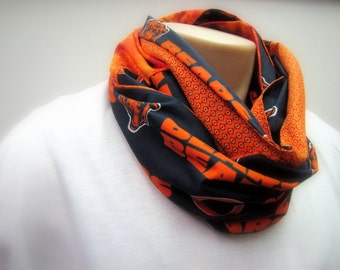 NFL Chicago Bears Handcrafted Infinity Fashion Scarf