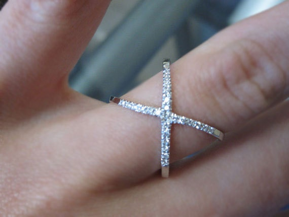 14K Gold Diamond Criss Cross X Orbit Fashion Ring Crossing