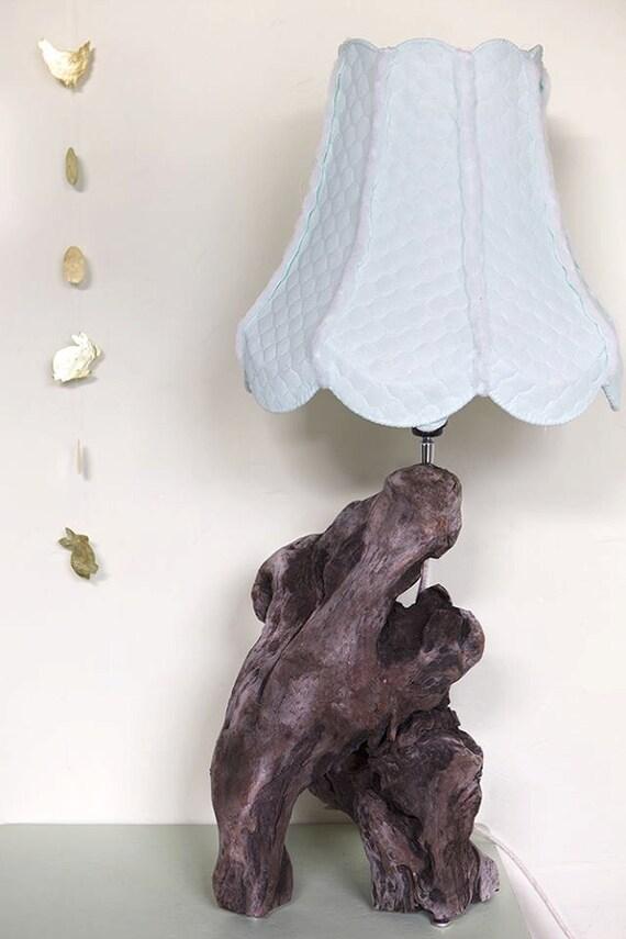 Houten lamp met bijzondere voet by woodformsart on etsy - Houten drie voet lamp ...
