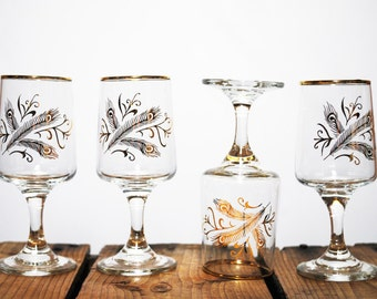 Vintage Gold Design Sherry, Apertif Glasses, set of four. Mid Century MadMen Style / Barware / Madmen