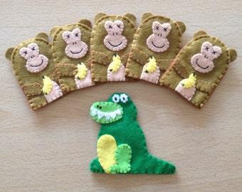 5 little monkeys with crocodile finger puppets