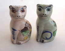 Vintage Salt and Pepper Shakers.Tonala Art Pottery Hand Painted Cats. Made in Mexico. Art Pottery Mexico, Southwestern  Pottery