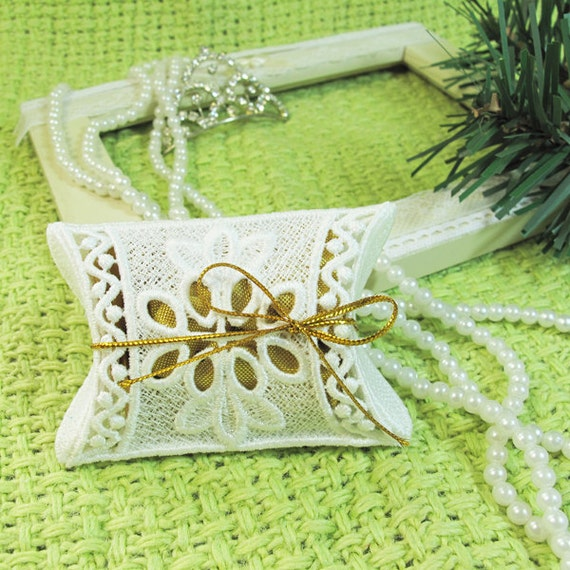 Stand Alone Lace Embroidery Designs : D fsl candy box free standing lace machine embroidery