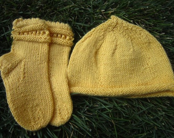 Matching hat and socks for a toddler