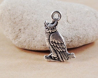 TierraCast Owl Charm 18mm Antique Silver Qty 3