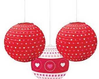 Romantic hearts Paper lantern