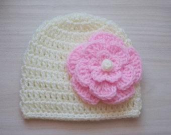 Crochet baby hat, baby girl hat, cream girl hat, newborn girl hat, hospital baby hat, cream baby beanie, flower crochet hat, cream baby  hat