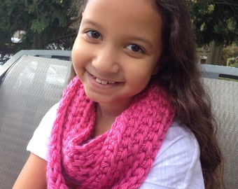 Girl Crochet Cowl Scarf