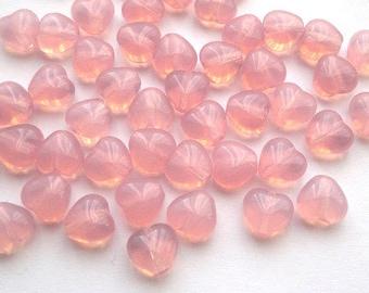 6mm Czech glass beads hearts Opal Pink (30)