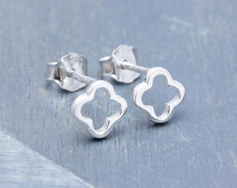 925 stering silver shiny flower stud earrings , clover earrings (E_00046)