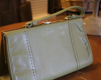 Vintage Light Green Life Stride Purse with Gold Clasp