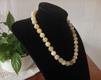 Necklace Choker Gemstone. CANDY Yellow AGATED. Natural stones. Modern, evergreen, Smart to wear everydays.