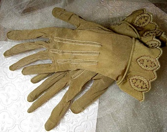 Beautiful, Vintage, Semi-Sheer Dress Gloves - VINGlv1