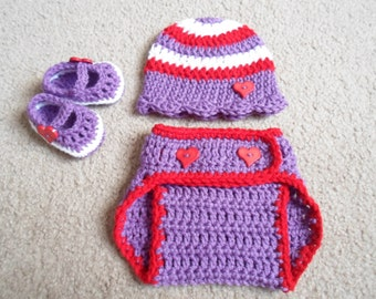 READY TO SHIP...Valentines Girl Crochet 0-3 Months Set...Includes Beanie, Mary Jane Booties, & Adjustable Diaper Cover.