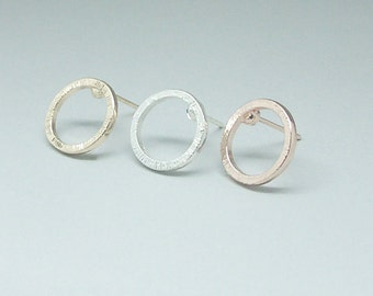 Dainty & Chic Circle Cut Out Stud Post Earrings in Choice of 18k Gold Plating, Silver Plating or Rose Gold Plating