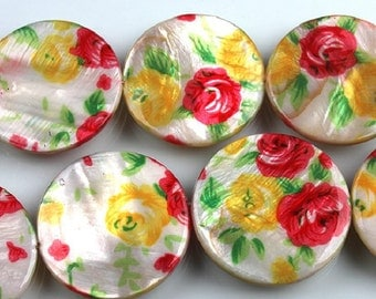 Colorful Round Flat Shell Beads With Flower Pattern 30mm
