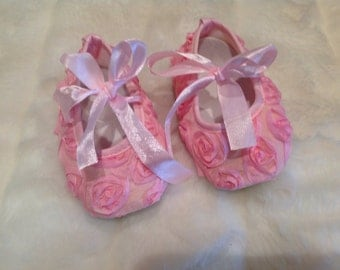 Baby pink rosette shoes for baby