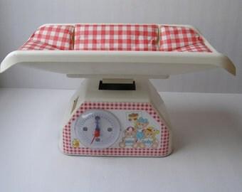 Vintage Chicco ARTSANA ITALY { pesa baby } Baby Scale - Free Shipping