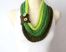 SALE Green Knit Necklace Scarf - Knitted Shawl - Infinity Neckwarmer - Handknit Snood - Knit Hood - Winter Thick Scarf - Crochet Cowl Scarf